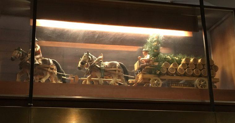 ホフブロイハウスの「馬車のミニチュア」(ドイツ・ミュンヘン・2016年8月&2018年8月)