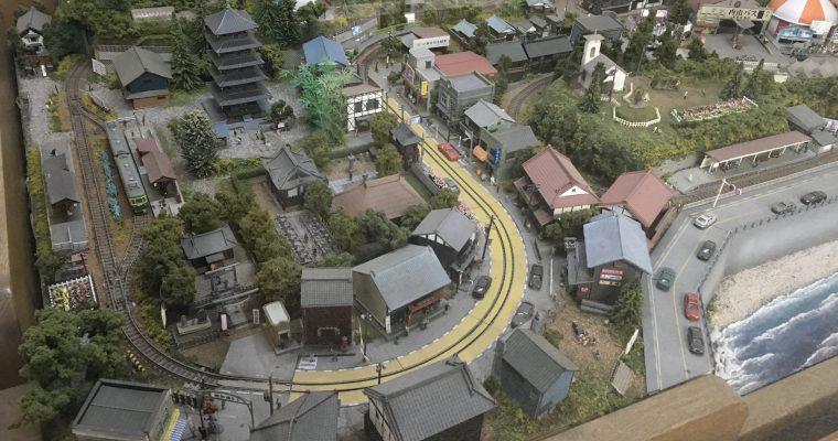 江ノ電江ノ島駅構内にあるジオラマ作品(神奈川県藤沢市・2019年1月)